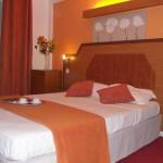 Hôtel LE NOUVEL HOTEL DU THEATRE 3